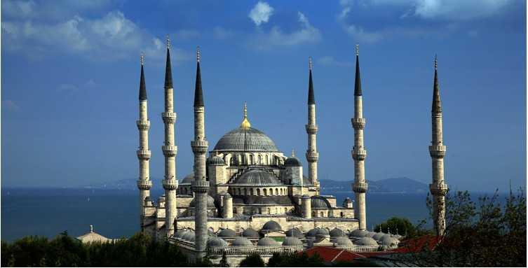 Blaue-Moschee2_Aydin-Sertbas-e1352208069299