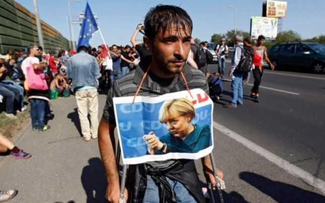 Balul emigrantilor: TURCIA SI UE AR FI CONVENIT CA MIGRANTII SA FIE TRIMISI INAPOI/ SOROS: UE TREBUIE SA PRIMEASCA CEL PUTIN UN MILION REFUGIATI PE AN/ Merkel, aspiranta la Premiul Nobel pentru problema REFUGIATILOR/ Extrema dreapta, reactivata de criza imigrantilor? (Video)