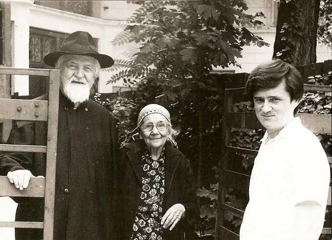 """<i>""""Amintiri din casa harului""""</i>: PARINTELE DUMITRU STANILOAE evocat de ucenici, intelectuali, preoti, teologi si ierarhi, la Patriarhie intr-un congres international. CALDURA FILOCALIEI INTRUPATE si FORTA IUBIRII DESAVARSITE <i>(VIDEO)</i>"""