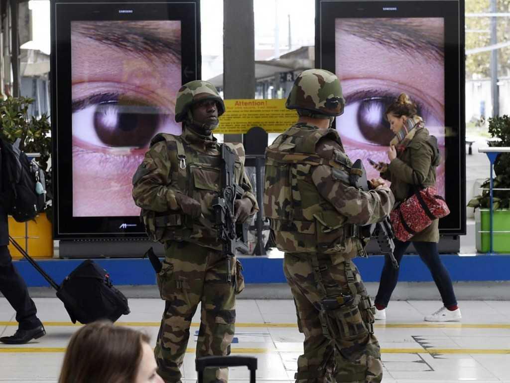 Paris-police-AFP
