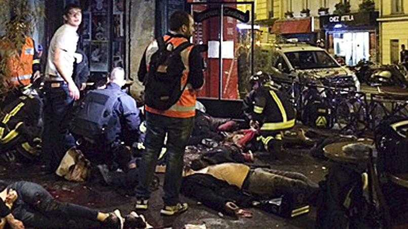 """ATENTATE GRAVE, FARA PRECEDENT, LA PARIS, REVENDICATE DE ISIS: <i>""""Acest atac nu este decat inceputul furtunii""""</i>. SUTE DE MORTI SI RANITI! Stare de urgenta si granite inschise in Franta (Video). 11 SEPTEMBRIE EUROPEAN pentru mai putina libertate in numele """"securitatii""""?/ COINCIDENTE BIZARE CU CARNAGIUL DIN COLECTIV"""