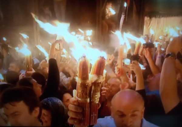 holy-sepulchre-jerusalem-holy-fire-5-crop-600x418