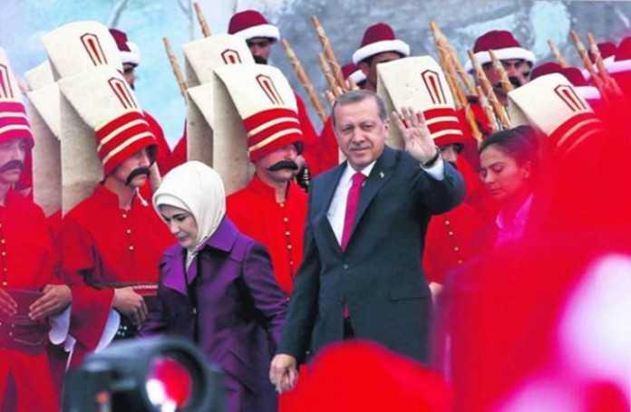 OTOMAN SHOW OFF. Celebrarea indecenta a CADERII CONSTANTINOPOLULUI de catre Turcia lui Erdogan (Video)