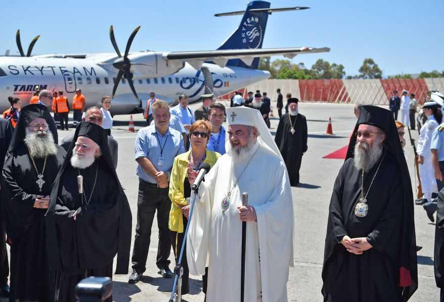 """DECLARATIILE PATRIARHULUI DANIEL la plecarea in Creta, afirmand IMPORTANTA DREPTEI-CREDINTE si A SINODALITATII: <i>""""Pentru noi este important sa formulam textele in asa fel incat la ele sa adere cu usurinta toate bisericile care n-au putut fi prezente""""</i>/ PATRIARHIA SERBIEI SE VA RETRAGE DACA PUNCTELE DE VEDERE ALE """"ABSENTILOR"""" NU VOR FI LUATE IN SEAMA/ Concluziile conferintei <i>""""SFÂNTUL ȘI MARELE SINOD – Mare pregătire, fără rezultate""""</i>"""