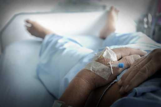 """TARA CANCERULUI. Deficit cronic de oncologi in tara cu 1 MILION bolnavi de cancer! RAZBOIUL SERVICIILOR SI PROCURORILOR GOLESTE SISTEMUL DE SANATATE/ """"Gazeta Sporturilor"""" devine """"Gazeta Anti-Arafat""""? CREATORUL SMURD, DE VINA PENTRU PRABUSIREA ELICOPTERULUI DIN MOLDOVA"""