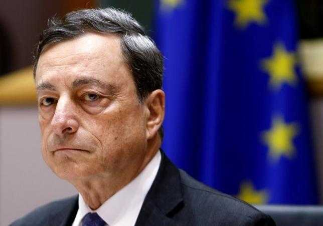European Central Bank (ECB) President Mario Draghi waits to address the European Parliament's Economic and Monetary Affairs Committee in Brussels, Belgium, June 21, 2016. REUTERS/Francois Lenoir