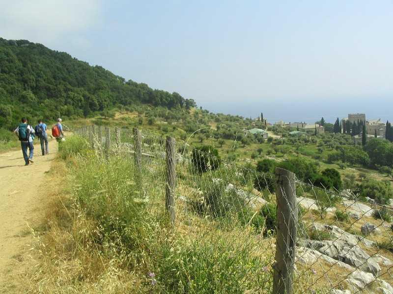 http://munteleathos.com/Pagina/Afisare/Manastirea_Marea_Lavra#