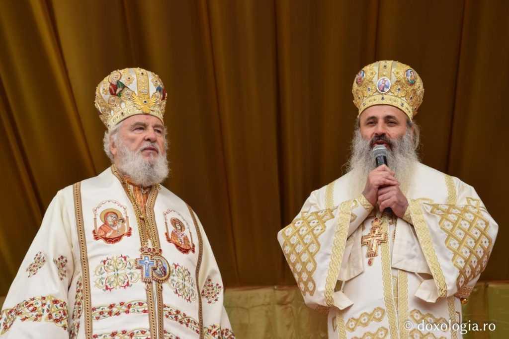 03_23-3_liturghie_sf_parascheva_foto_tudorel_rusu