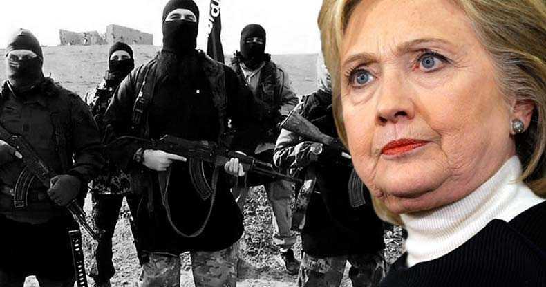 """Assange: SISTEMUL NU VREA CA TRUMP SA CASTIGE: <i>""""Băncile, serviciile de informaţii, companiile de armament, capitalul străin fac toate front comun în spatele lui Hillary Clinton. La fel şi presa""""</i>/ Legatura dintre finantarea STATULUI ISLAMIC si FUNDATIA CLINTON"""
