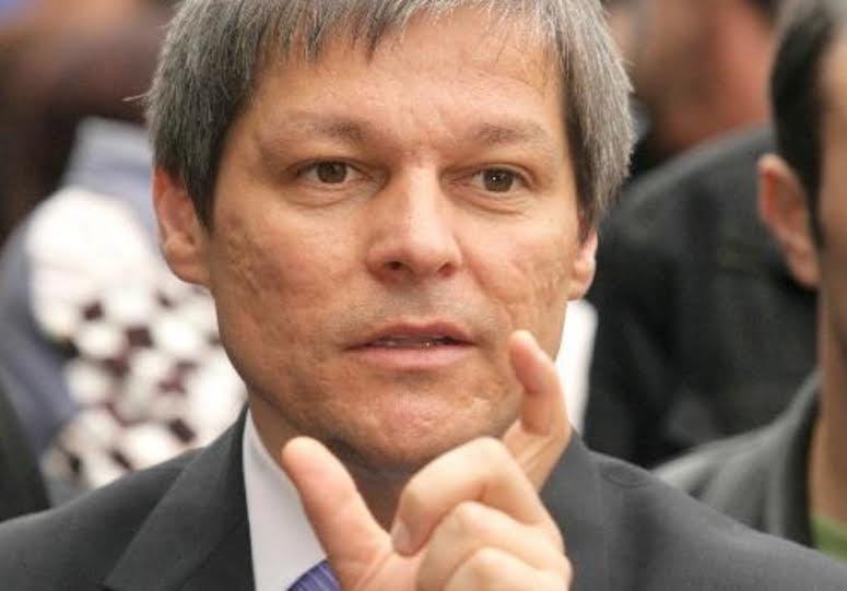"""CIOLOS NU ARE BANI PENTRU BUGETARI, DAR ARE MEREU PENTRU… A AJUTA MULTINATIONALELE!/ Dispretul Julienocratilor pentru """"pomanagii"""" si """"trantori"""" sau URA DE CLASA folosita, din nou, ca vehicul electoral/ PREMIERUL CIOLOS PRIMESTE IN CONTINUARE INDEMNIZATIE GRASA DE LA COMISIA EUROPEANA/ Contrar propagandei neoliberale, România se afla printre tarile cu CEI MAI PUTINI BUGETARI"""