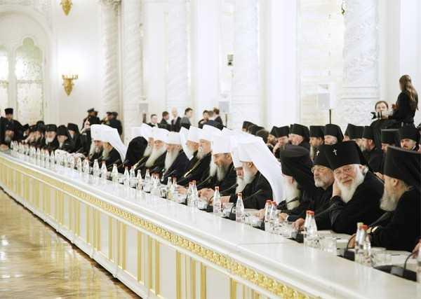 """BISERICA BULGARIEI respinge categoric si dur SINODUL din CRETA, indeosebi DOCUMENTUL ECUMENIST. Sinodul bulgaresc acuza """"DEVIERI DE LA TRADITIA DOGMATICA"""", dar reafirma PASTRAREA COMUNIUNII cu BISERICILE PARTICIPANTE"""