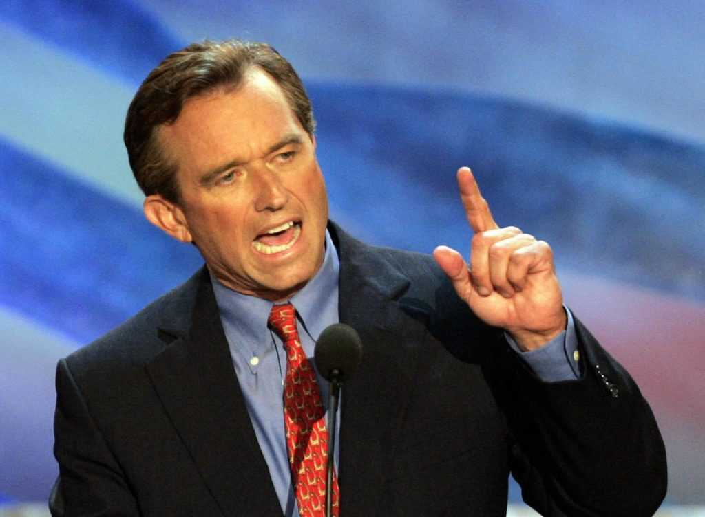 robert-kennedy-jr-2004