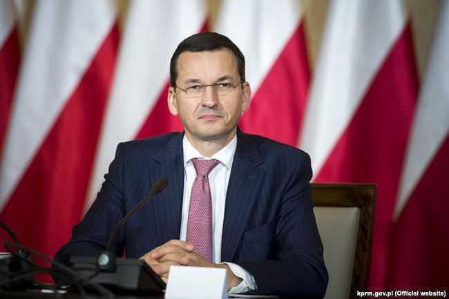 """POLONIA RESPINGE SANTAJUL UE, adoptand propriile """"legi ale justitiei"""". Noul premier polonez: VREM SA RECRESTINAM UNIUNEA EUROPEANA/ Haos in Ucraina: tentativa de LOVITURA DE STAT in numele ANTICORUPTIEI condusa de SAAKASVILI, fostul presedinte al Georgiei"""