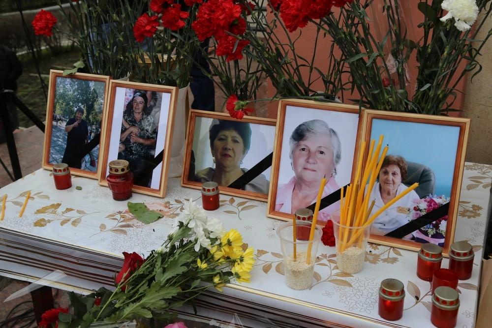 <i>&#8220;Au iertat si au fost martirizate&#8221;</i>. Femeile ucise de un terorist islamic in Daghestan de Duminica Iertarii au fost inmormantate recent