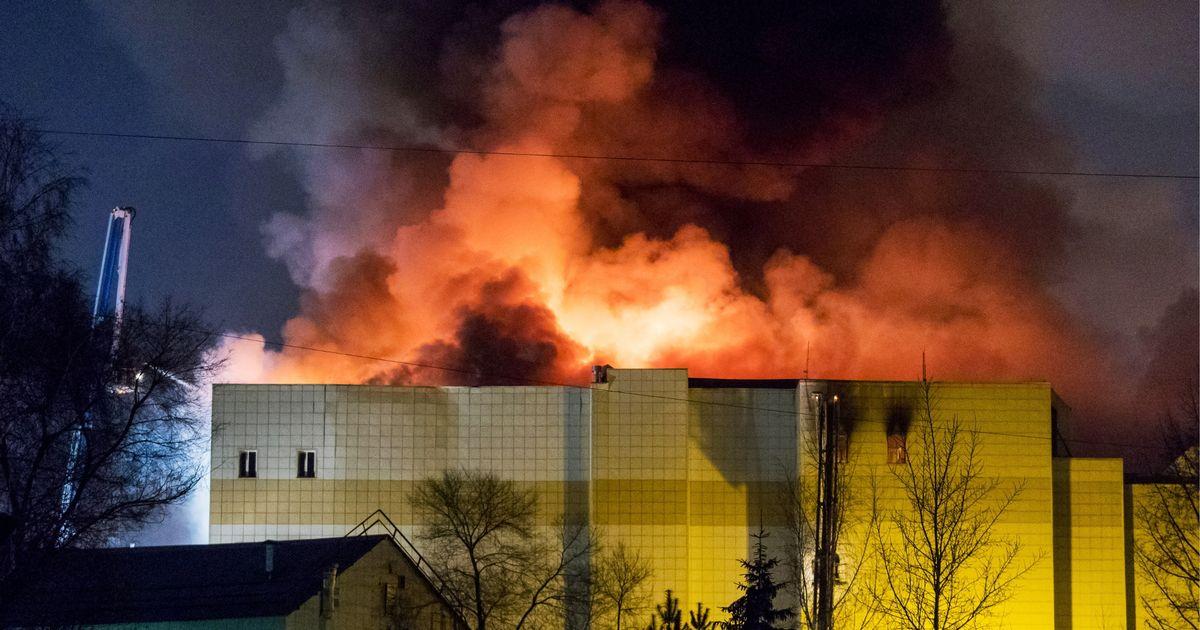 """<i>""""Ardem, poate că acesta este un rămas bun""""</i>. TRAGEDIE IN RUSIA: incendiu intr-un mall care a ucis zeci de copii (Video)/ NIGERIA: fetele capturate de BOKO HARAM, eliberate. O singura victima e detinuta in continuare: O CRESTINA CARE A REFUZAT SA SE CONVERTEASCA LA ISLAMISM"""