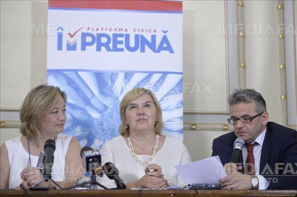 Daniel Gheorghe, DEPUTAT PNL: <i>&#8220;Președintele Iohannis are datoria morală de a promulga în regim de urgență legea procedurală de modificare a Constituției. ROMÂNIA ESTE ÎNTR-UN EXERCIȚIU DE SUVERANITATE&#8221;</i>/ Senatorul Titus Corlățean demască SEGMENTE VĂZUTE SAU NEVĂZUTE, de la Președinte până la AMBASADORI, care fac presiuni dure ÎMPOTRIVA REFERENDUMULUI: <i>&#8220;Este şi o miză mai profundă care ţine de libertăţile noastre, este și o miză spirituală&#8221;</i>. MINISTRU PSD: <i>&#8220;Se apropie momentul final, «Duminica luminii»&#8221;</i>/ IOHANNIS PARE A FACE UN PAS STRATEGIC ÎNAPOI, dar propagandiștii sistemului INSISTĂ că referendumul ar fi &#8220;IMPOSIBIL&#8221;