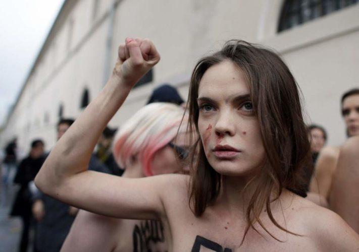 Lidera miscarii feministe FEMEN s-a sinucis. Mesajul sau de adio: TOTUL ESTE FAKE