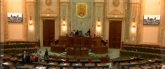 VOT LA SENAT PENTRU REFERENDUM! Urmeaza avizarea de catre CCR si Referendumul pentru Casatorie pe 7 octombrie!/ USR a votat in bloc impotriva/ CIOLOS s-a pronuntat si el IMPOTRIVA referendumului/ SINODUL MITROPOLITAN al Moldovei a discutat despre INITIATIVA DE REVIZUIRE A CONSTITUTIEI/ 10 argumente pentru inițiativa cetățenească de modificare a Constituției/ Teatru despre un COPIL TRANSGENDER la Focsani