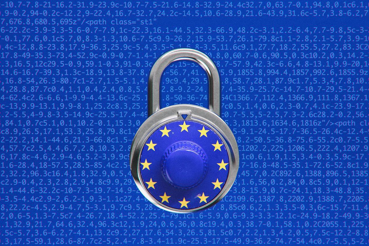 """DIRECTIVA EUROPEANA CARE VA PUNE CAPAT INTERNETULUI ASA CUM IL STIM. Este implicat GEORGE SOROS in adoptarea """"reformei internetului"""" de catre Parlamentul European?"""