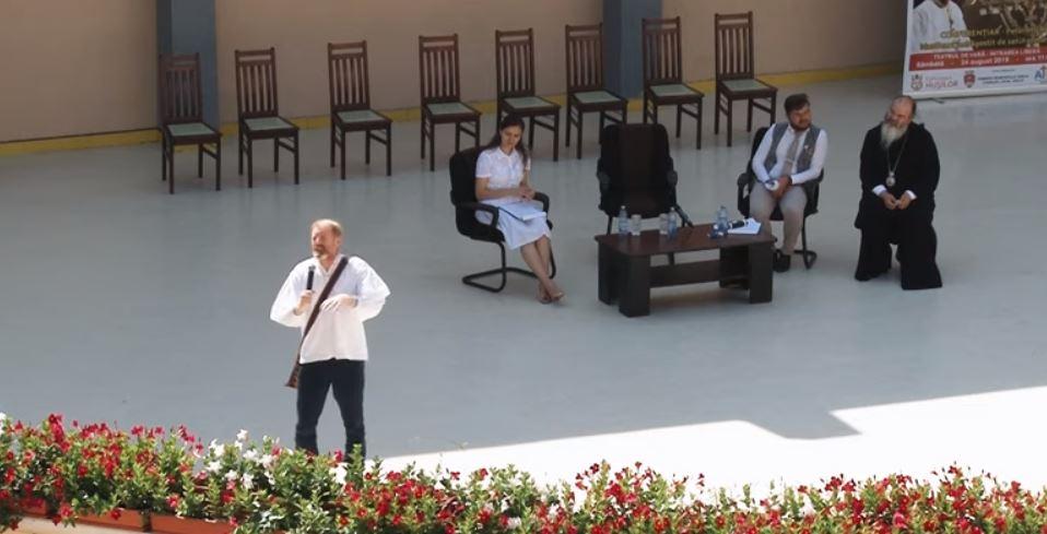 """PETER HURLEY, irlandezul îndrăgostit de SATUL ROMÂNESC și de ORTODOXIE, despre """"FOCUL VIU"""" care încă se mai găsește în România (Video). Ce este esențial în mesajul lui Hurley?"""