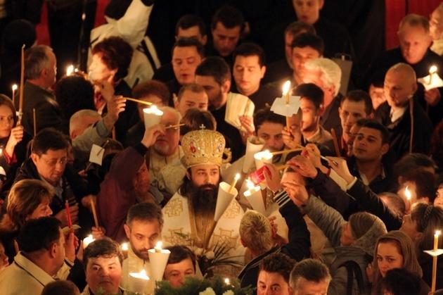 SE INTERZIC ACTIVITATILE RELIGIOASE CU MAI MULT DE 100 DE PERSOANE!/ Slujbele ortodoxe deja nu se mai tin in Italia, CATOLICII CAPITULEAZA, confirmandu-si secularizarea agresiva, BISERICA GRECIEI SI PATRIARHIA ANTIOHIEI – POZITII CATEGORICE, EXEMPLARE/ Declaratiile purtatorului de cuvant al Patriarhiei si ale Episcopului-Vicar IERONIM SINAITUL. Reactii puternice ale unor preoti si mireni ortodocsi