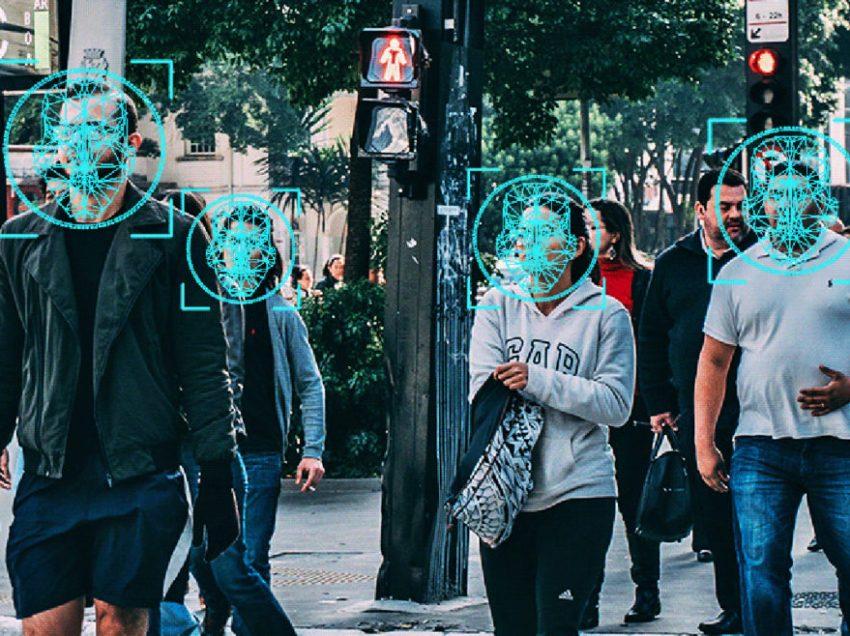 """POLIȚIA ROMÂNĂ va achiziționa sisteme de RECUNOAȘTERE FACIALĂ pentru supraveghere în masă/ BENJAMIN NETANYAHU șochează: vrea CIPURI IMPLANTATE pentru monitorizarea elevilor!/ Euronews ne arată că IMPLANTURILE CU CIP sunt următoarea provocare în Europa. """"Acesta este momentul pentru o adoptare în masă a microcipurilor"""". ERA TEORIA CONSPIRATIEI, TOVARASI, NU-I ASA?"""