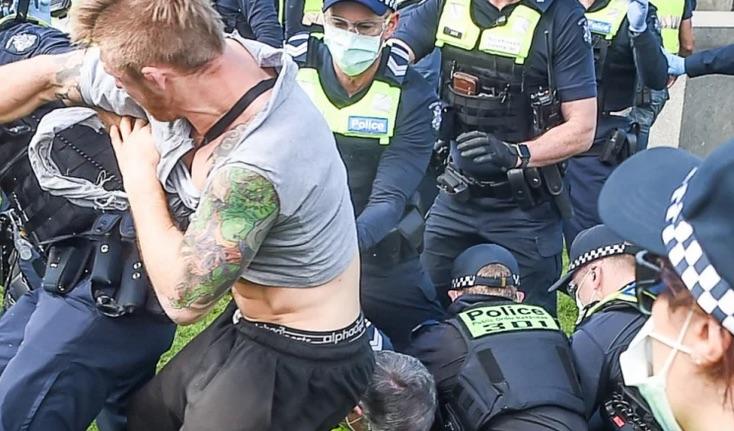 """DISTOPIA POLIȚIENEASCĂ din Australia, statul Victoria, atinge noi culmi: poliția poate aresta și reține PREVENTIV pe cei suspectați că vor încălca restricțiile. """"Conspiraționiștii"""", laolaltă cu familiile și cunoscuții lor, aflați în vizor"""