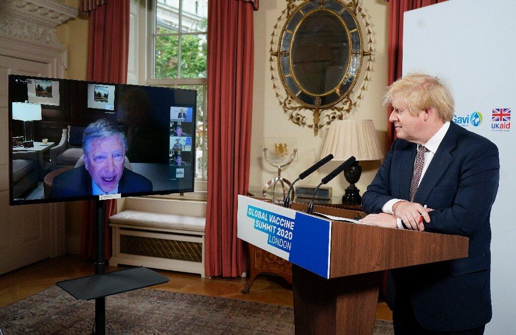 """Boris Johnson, premierul Marii Britanii, discută cu Bill Gates un PLAN GLOBAL DE """"SECURITATE A SĂNĂTĂȚII""""/ Editorial fulminant în BRITISH MEDICAL JOURNAL – denunțarea COMPLEXULUI MEDICAL-POLITIC care suprimă adevărata știință spre profitul celor puternici și bogați"""