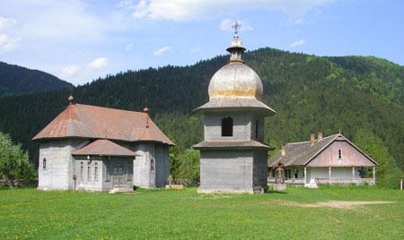 manastirea-tarcau-14.jpg