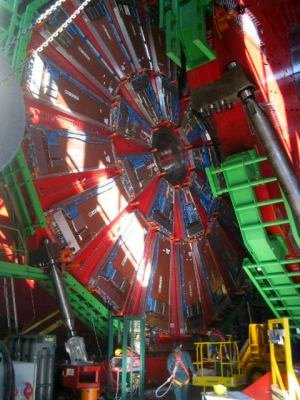 construction_of_lhc_at_cern.jpg