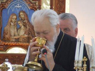 Parintele Arsenie Papacioc: <i>&#8220;Este o batjocura ceea ce a facut Mitropolitul Nicolae Corneanu!&#8221;</i>