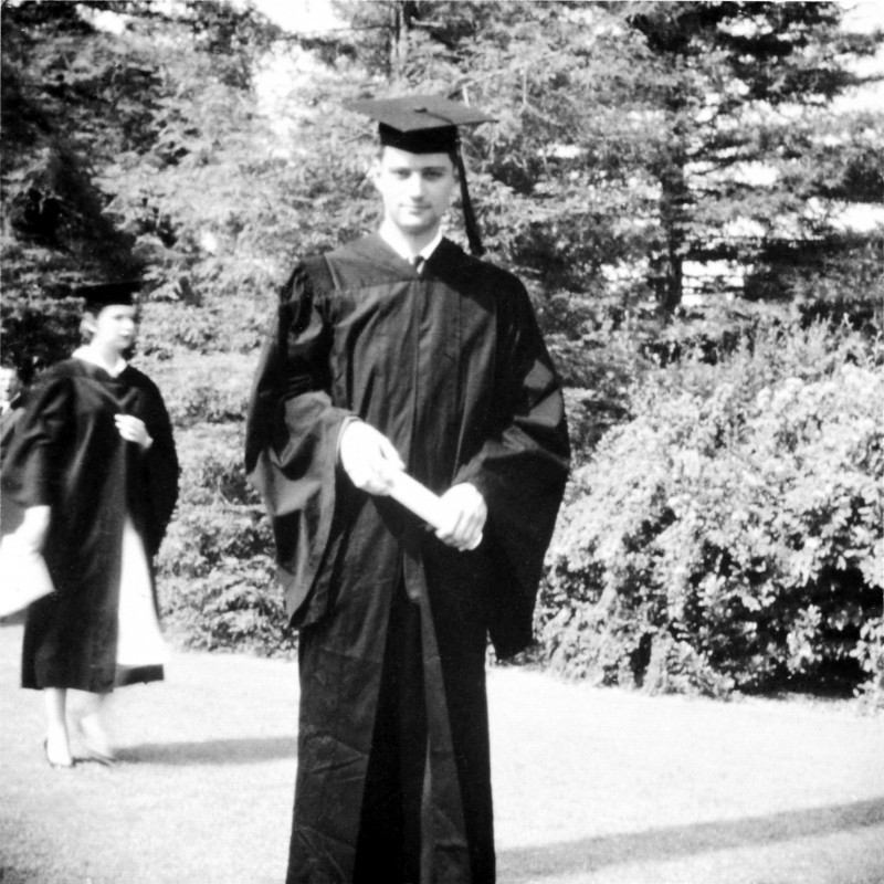 Eugene Rose, absolvent de Pomona, anul 1956