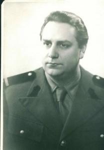 M. Vulcanescu in uniforma militara