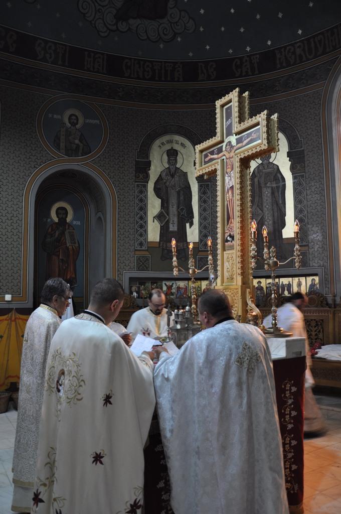 "<i>""Biserica se teme de dezbinari si de schisme, care au ca baza demonicul egoism""</i>"