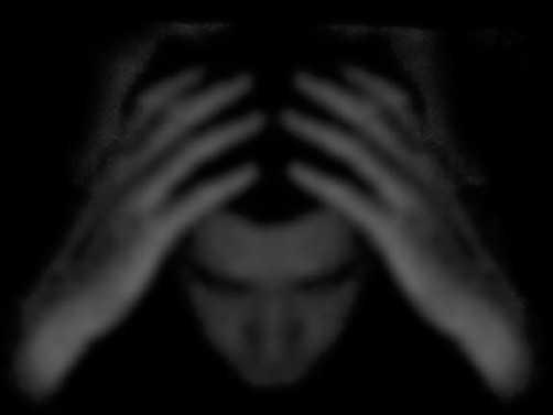 """INTRISTAREA SAU DEPRESIA – DUHUL <i>""""UCIGASULUI DE OAMENI DINTRU INCEPUT""""</i>. <b>CARE ESTE GRAVITATEA PACATULUI SINUCIDERII?</b> Raspunsurile psihiatrului ortodox D. Avdeev"""