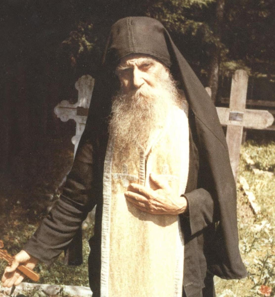 PARINTELE PAISIE OLARU – Testamentul dragostei duhovnicesti (video, audio)