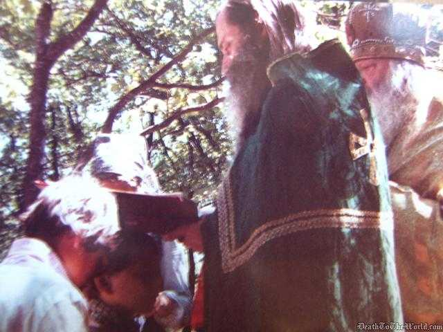 PARINTELE SERAFIM ROSE DESPRE EDUCATIA ORTODOXA A COPIILOR (VIDEO). Cum putem lupta cu ispitele lumii si cum putem trai ortodox in vremurile din urma?