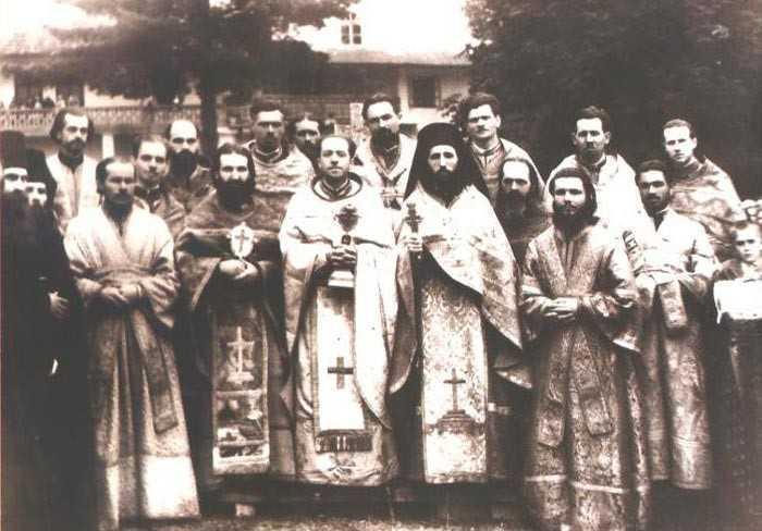ISPITA ANGELISMULUI SAU INSELAREA DIN RAVNA CEA CU MANDRIE – Cazul parintelui Ioil din manastirea Slatina si discernamantul Avvei Cleopa