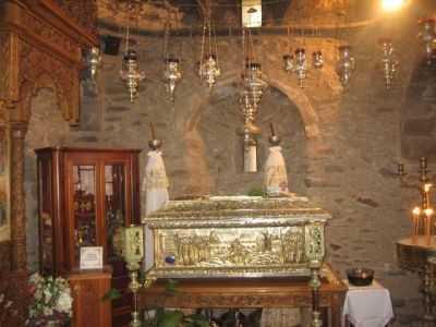 CEI 179 NOI MUCENICI de la Manăstirea Ntaou Penteli praznuiti in Martea Luminata