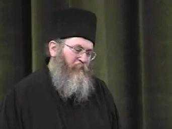 STARETUL EFREM IN ROMANIA. <b>Conferinta de la Bucuresti, 2000</b> <i>(si video)</i>. MESAJ DIN SFANTUL MUNTE: <b><i>Nu va pierdeti curajul! Duhul Sfant nu iese la pensie!</i></b>