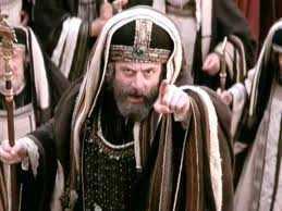 fariseul acuza