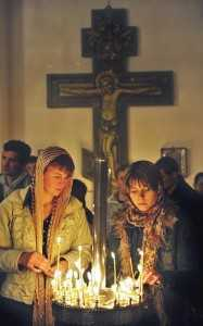 01a-orthodox-women-at-prayer