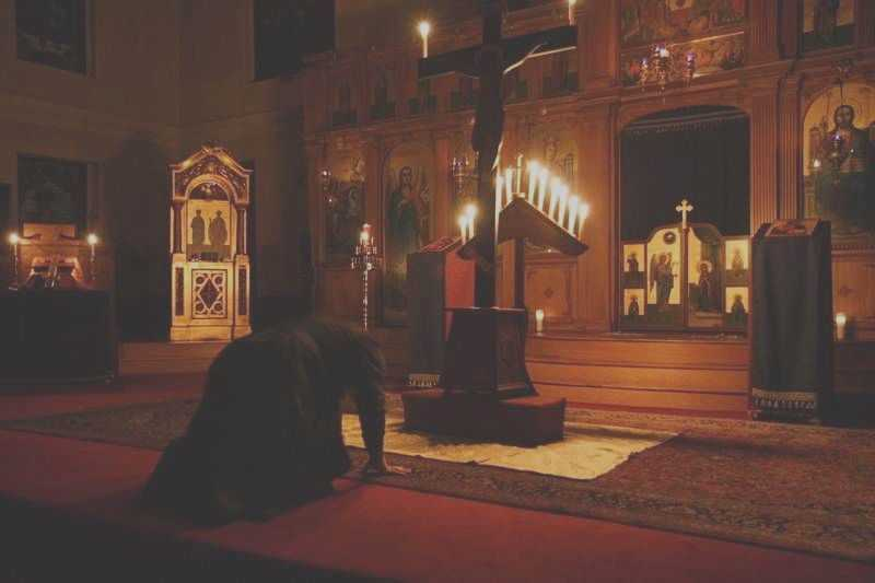 PARINTELE MELHISEDEC, Staretul Manastirii Lupsa, despre FORMALISM si VIATA DUHOVNICEASCA: <i>&#8220;Celui ce i se pare ca sta, sa ia aminte sa nu cada&#8221;</i>