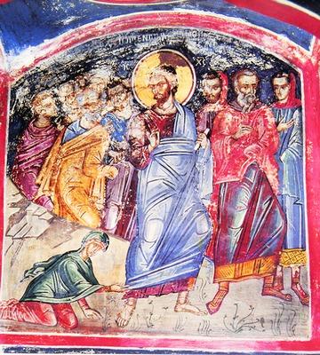 <i>&#8220;Nesfintii sfinti&#8221;</i>: Predica Parintelui Tihon despre MINUNEA CARE SE LUCREAZA PRIN INDRAZNEALA CREDINTEI. De la femeia bolnava de scurgerea de sange din Evanghelie la generalul rus de militie al zilelor noastre