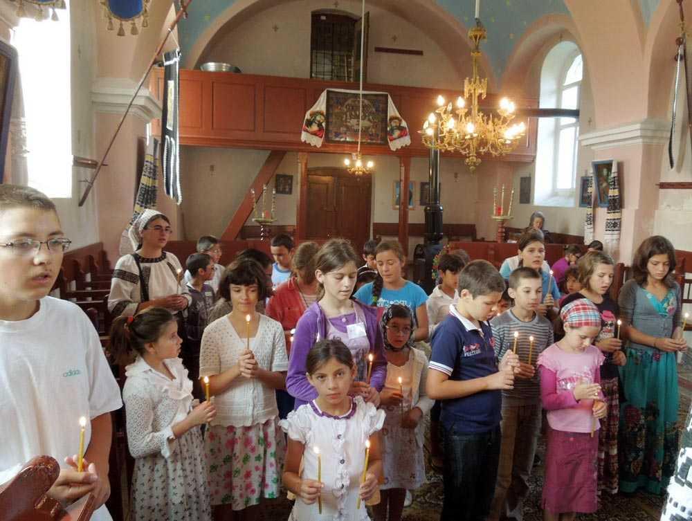 COPIII SI BISERICA. Pr. Vladimir Vorobiev despre dificultatile de pastoratie a copiilor din zilele noastre. CAND POATE APAREA RISCUL PIERDERII EVLAVIEI
