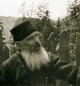 daniil-sandu-tudor-la-manastire1