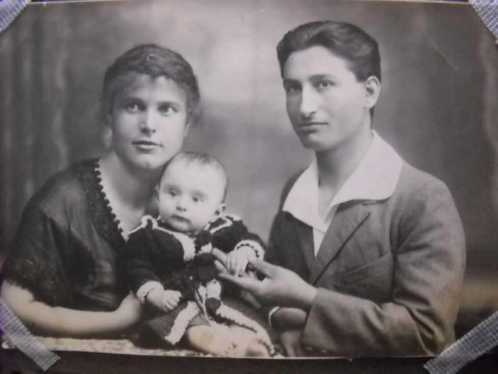 Frânturi din viaţa Aspaziei Oţel Petrescu