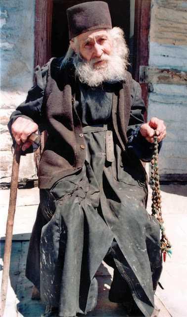 IEROSCHIMONAHUL IOAN (GUȚU) – <i>O viata daruita lui Hristos. SIMPLITATEA PE CARE A PIERDUT-O LUMEA CIVILIZATA</i>