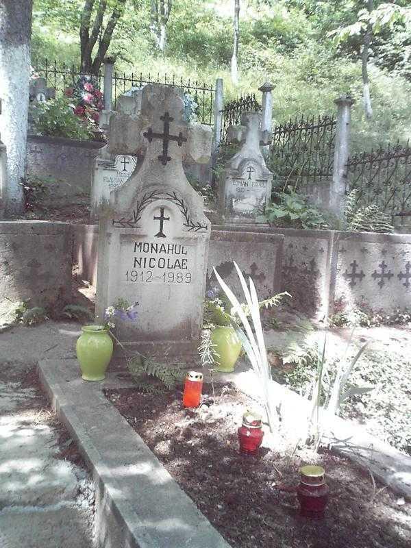 Nicolae Steinhardt mormant Rohia