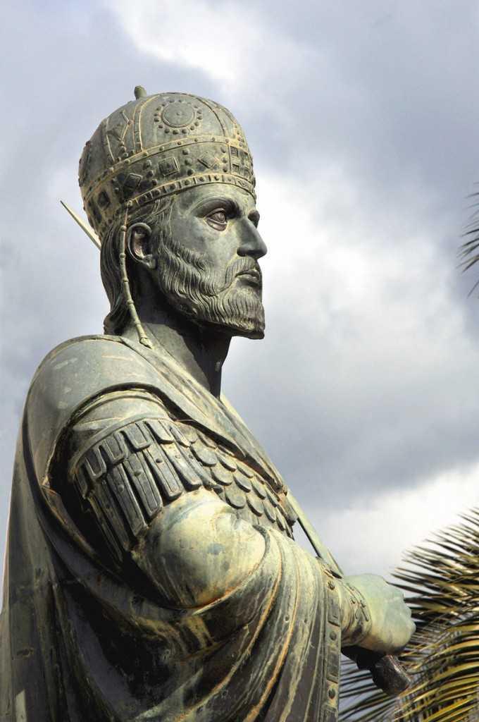 statuie Constantin Paleologul